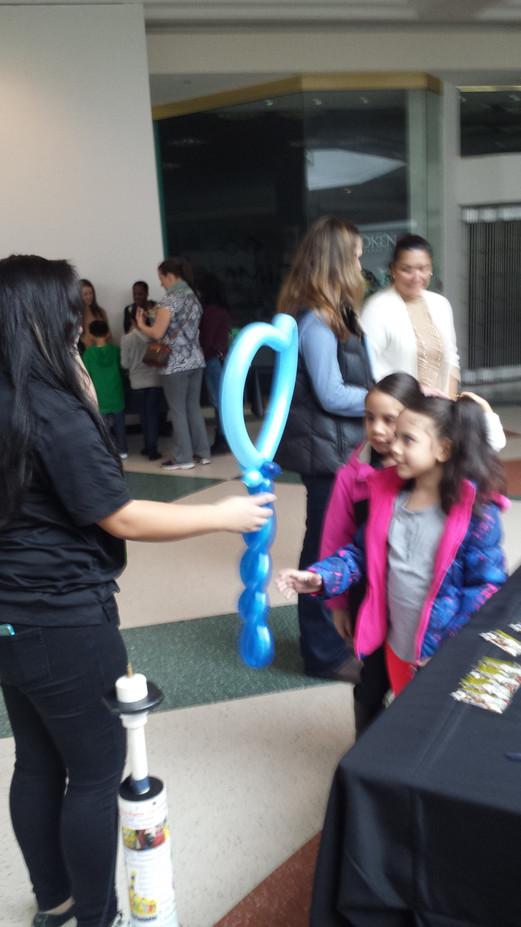 Blue-Heart-Balloon-Twisting-For-Children.jpg