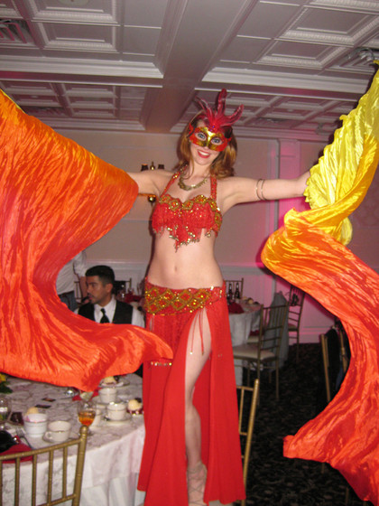 Belly-Dancer-With-Mask.jpg