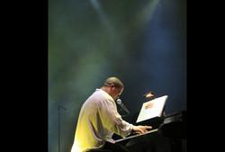 Miguelito-Nuñez-in-concert5