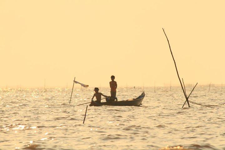 Lake village, Cambodia