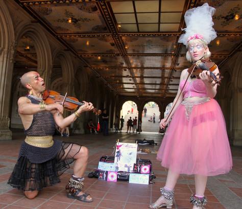 Street performers, New York City
