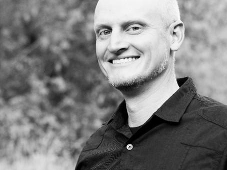Brent Lindstrom - Storyteller