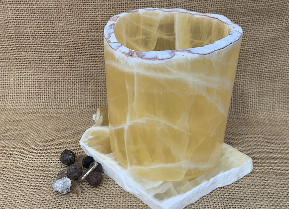 Honey Onyx Candle Pillar Paired with Natural Slab