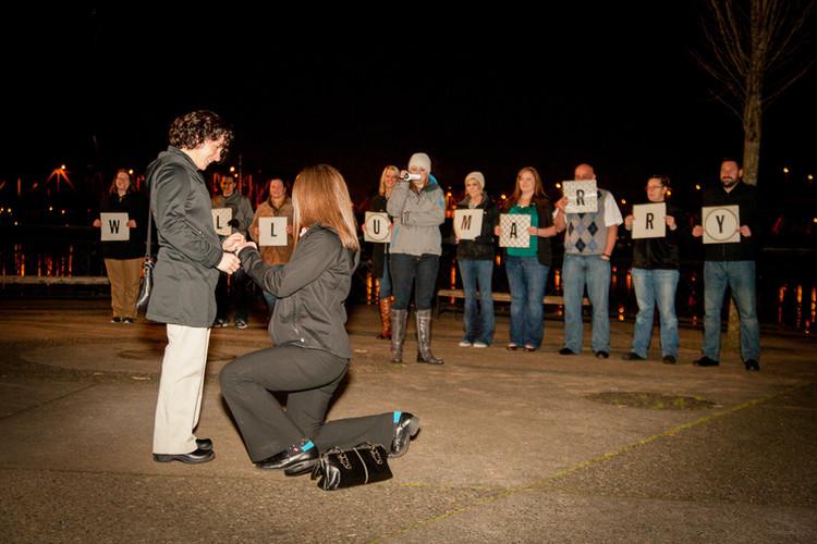 Lesbian-Proposal-Downtown-Portland.jpg