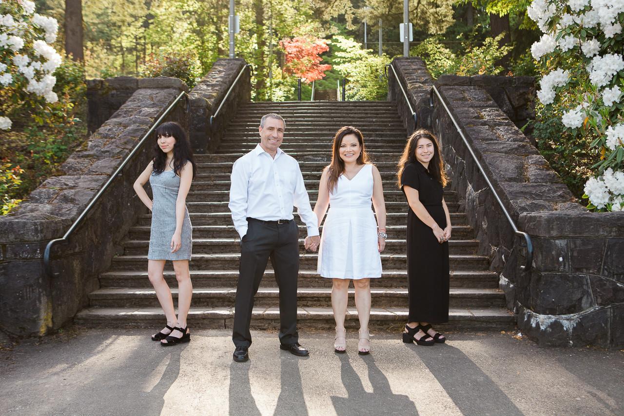 Family-Photographer-Portland-Rose-Garden