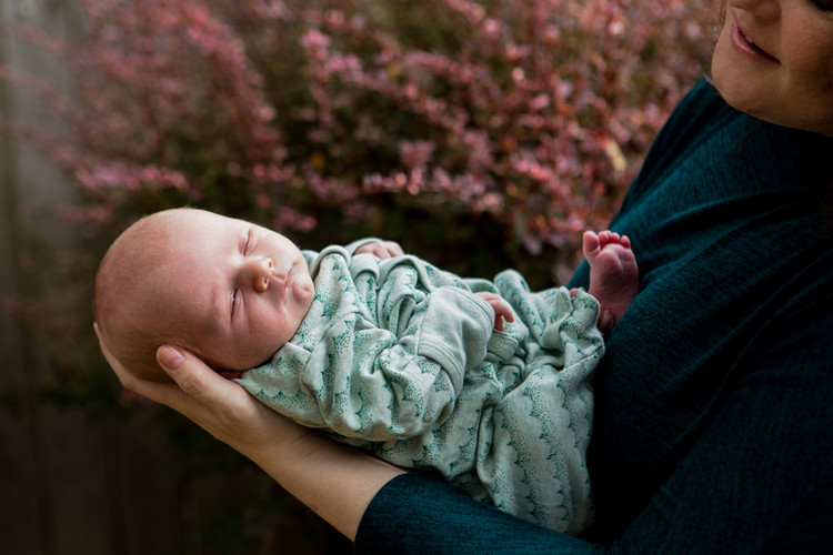 In-Home-Newborn-Photography-Portland-02.