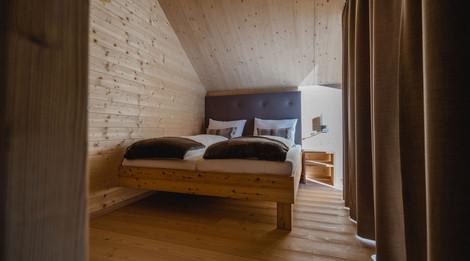 Schlafzimmer_01_CH klein.jpg