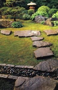 japanese-path-lantern-stones-zoen-sekkei-sha-associates_4544