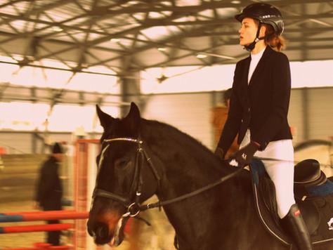 Приглашаем любителей конного спорта поддержать наших спортсменов