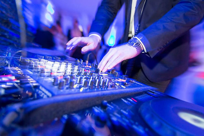 dj alex dechant auf der Hochzeitsmesse your wedding party