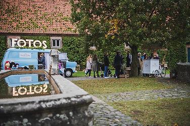 Messestand im Außenbereich auf der Hochzeitsmesse Fulda