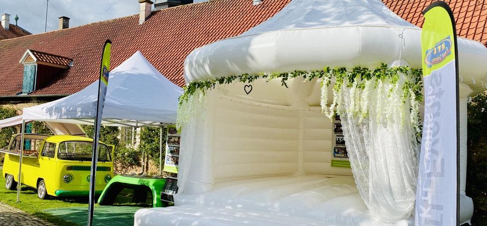 Weiße Hüpfburg Fulda Hochzeit KTL Hochzeitsmesse Fulda