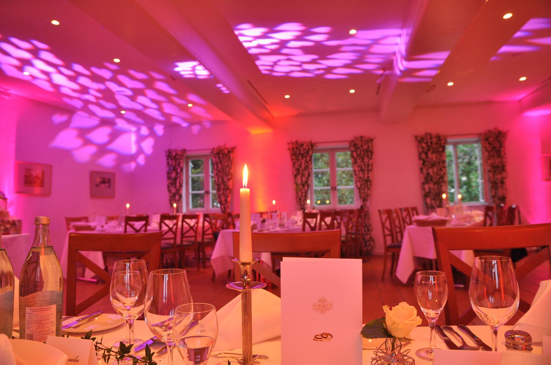 Illumination eines Gastraumes