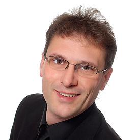 Freier Redner Olaf Reinicke ist der Spezialist für Hochzeiten, Geburtstage, Firmenveranstaltungen und Events in Fulda