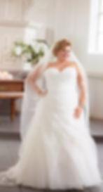 Braut- & Festmodenhaus   La Rose de Paris auf der Hochzeitsmesse your wedding party