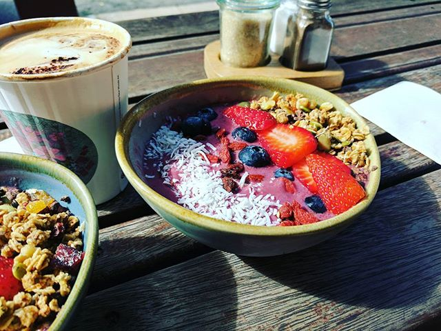 Happiness in a bowl! #chillparlour #acaibowl #acai #burdekin
