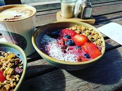 Happiness in a bowl! #chillparlour #acaibowl #acai #burdekin
