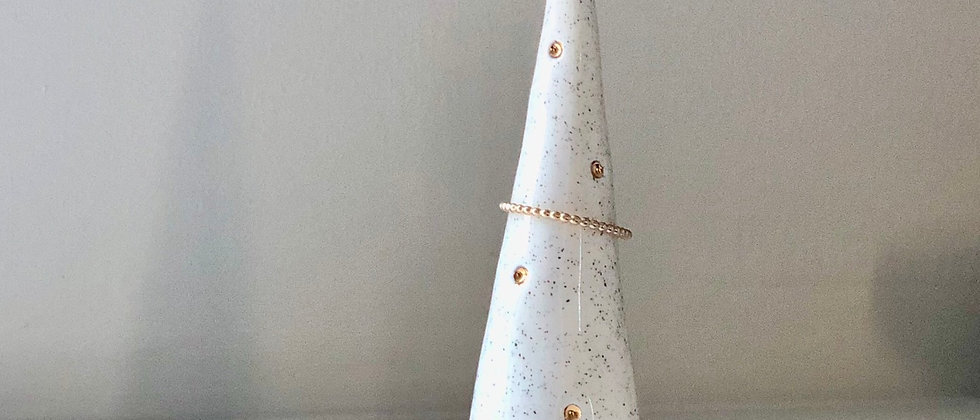 Sand Dotty Ring Cone