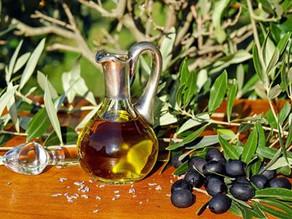 Donación de 300 litros de aceite de oliva