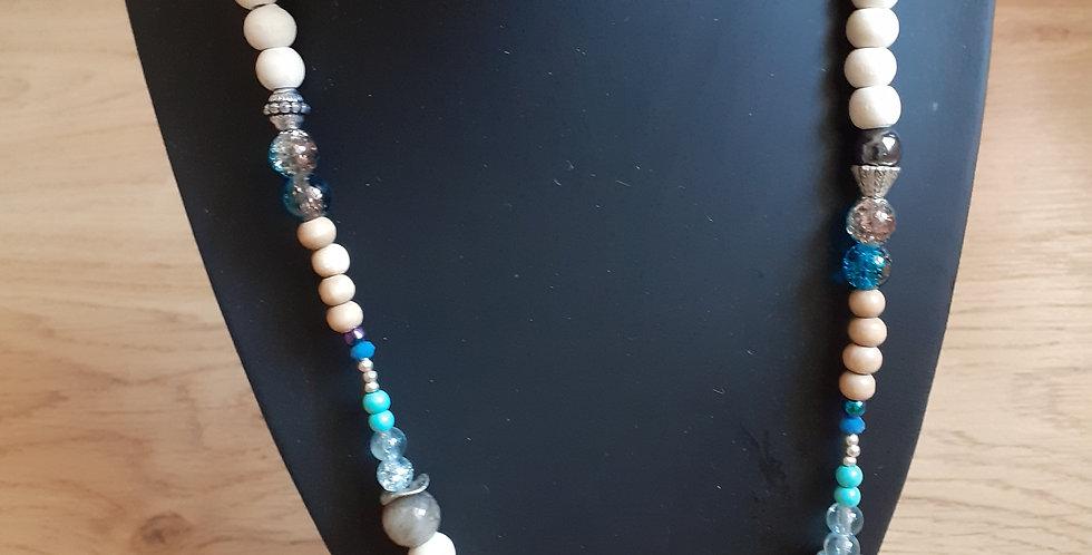 Collier bois et perles de verre