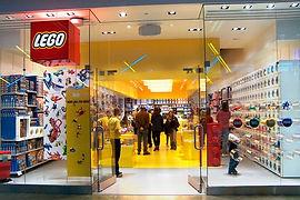 Large_Lego_store.jpg