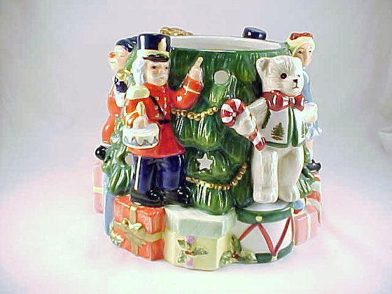Spode Toys Around Christmas Tree Candle Holder Han
