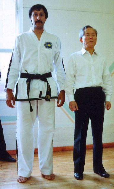 Snr MAster Sahota with General Choi 1993 UK