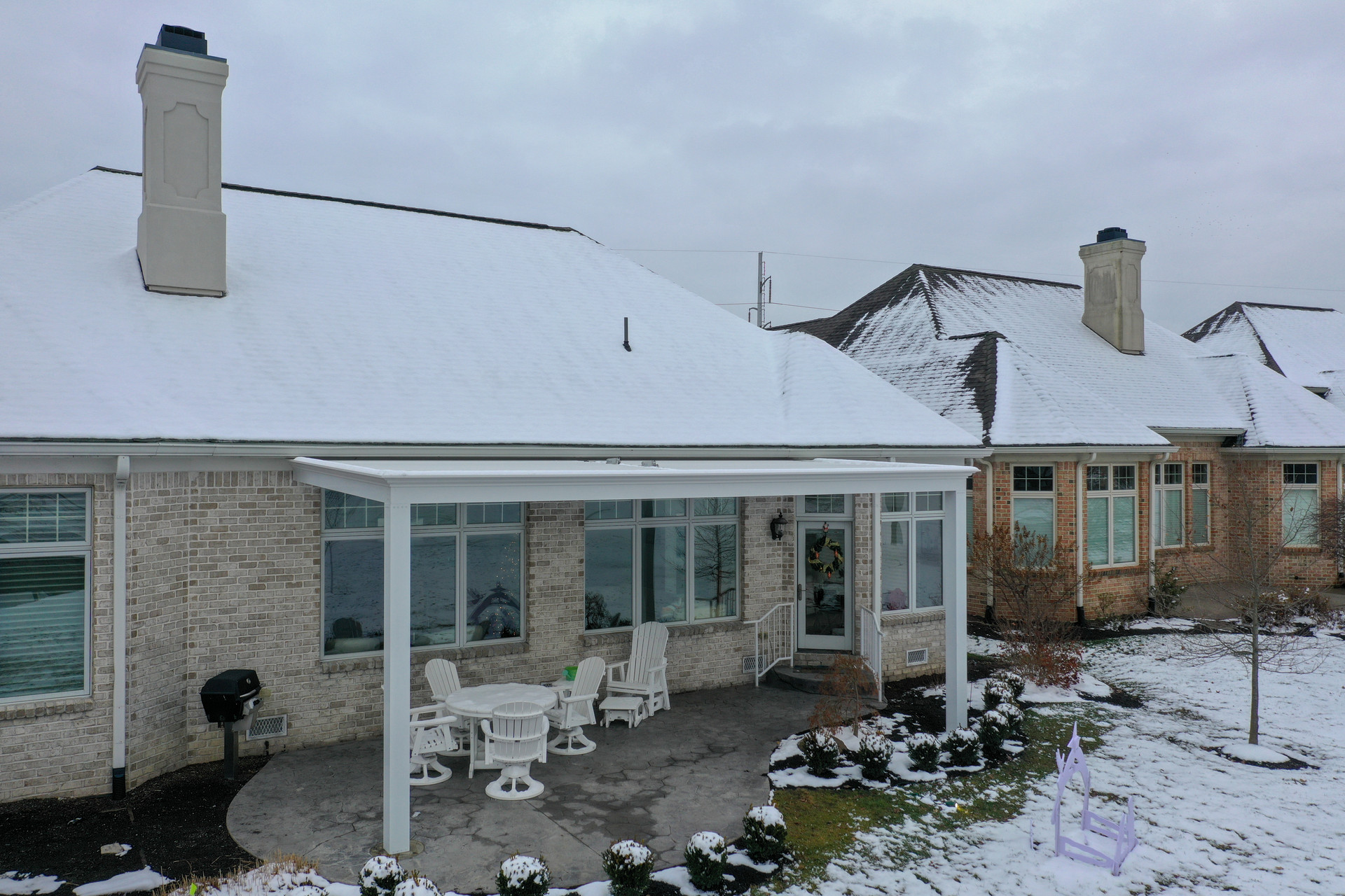 Outdoor.living.louvered.roof