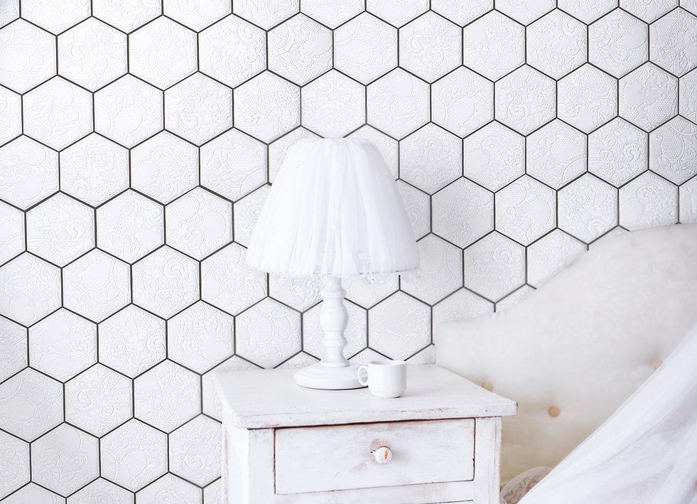 Amat_Hexagon_White_mat_k2go_2.jpg