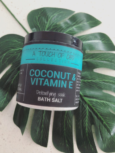 Coconut & Vitamin E Bath Salt