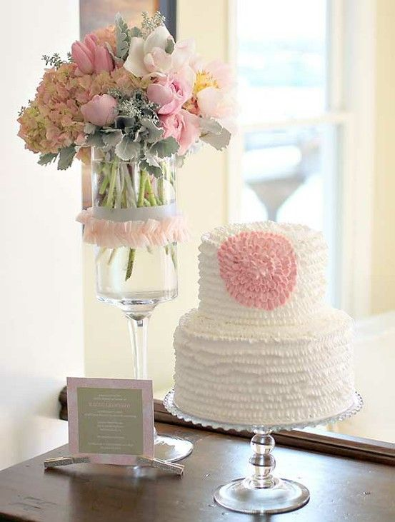 Cake Table Flowers