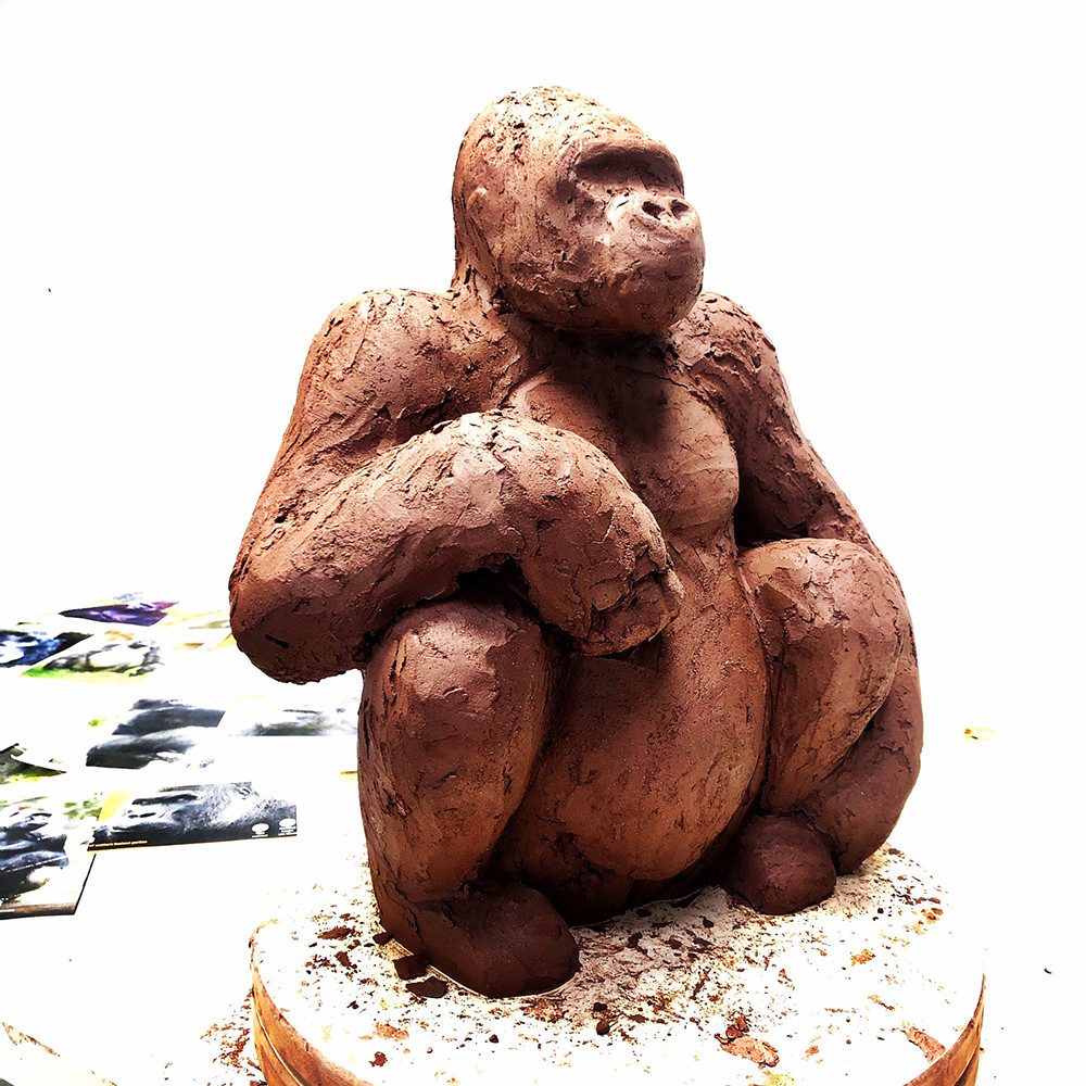 gorilla-sculpture-making-of-ninonart.jpg