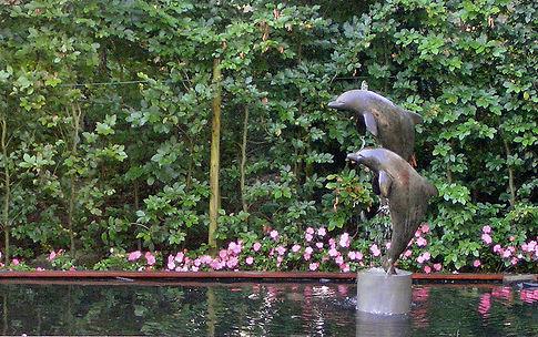 dolfijnen-dolphin-sculpture-art-fountain