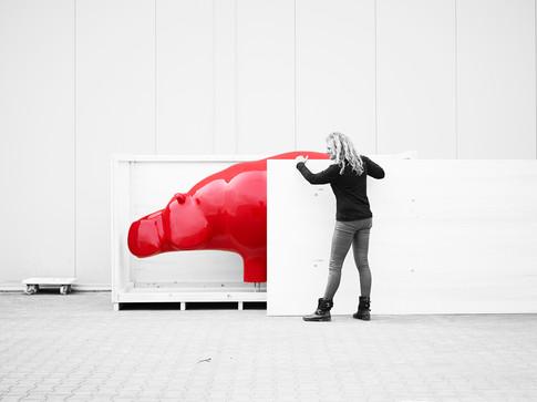 hippo-red-sculpture-ninonart.jpg