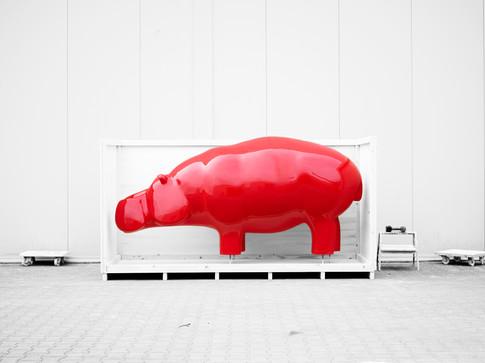 hippo-red-sculpture-travel-ninonart.jpg