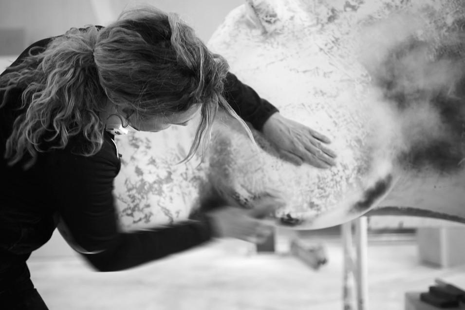 making-hippo-sculpture-ninonart-2.jpg