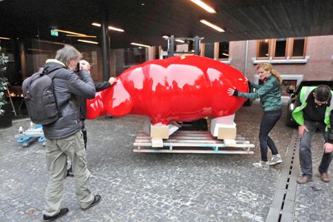 hippo-sculpture-ninonart-arrival2-conser