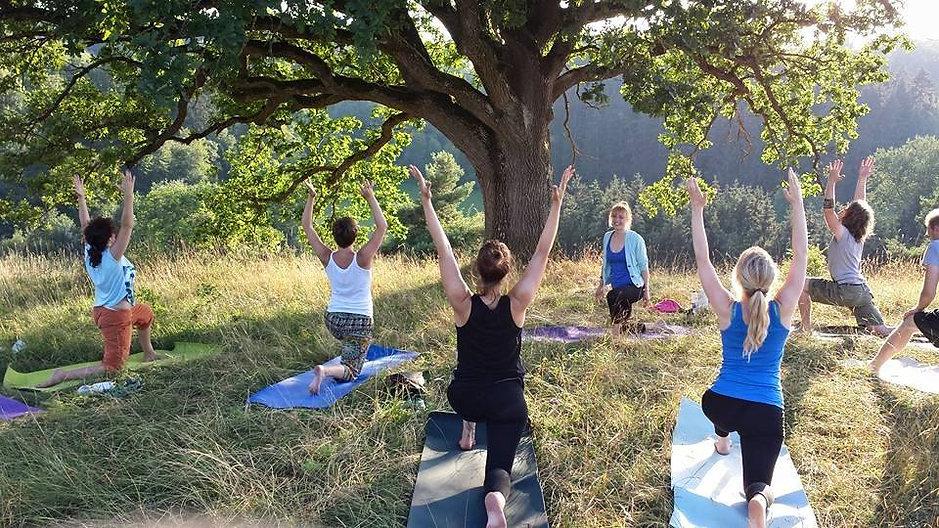 yogalaushalde7.jpg