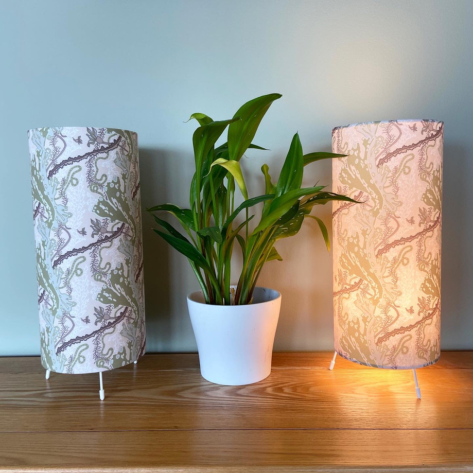 seaweed garden olive&cream table lamps