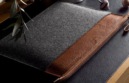 Classic HG Macbook Folio Leather Bag