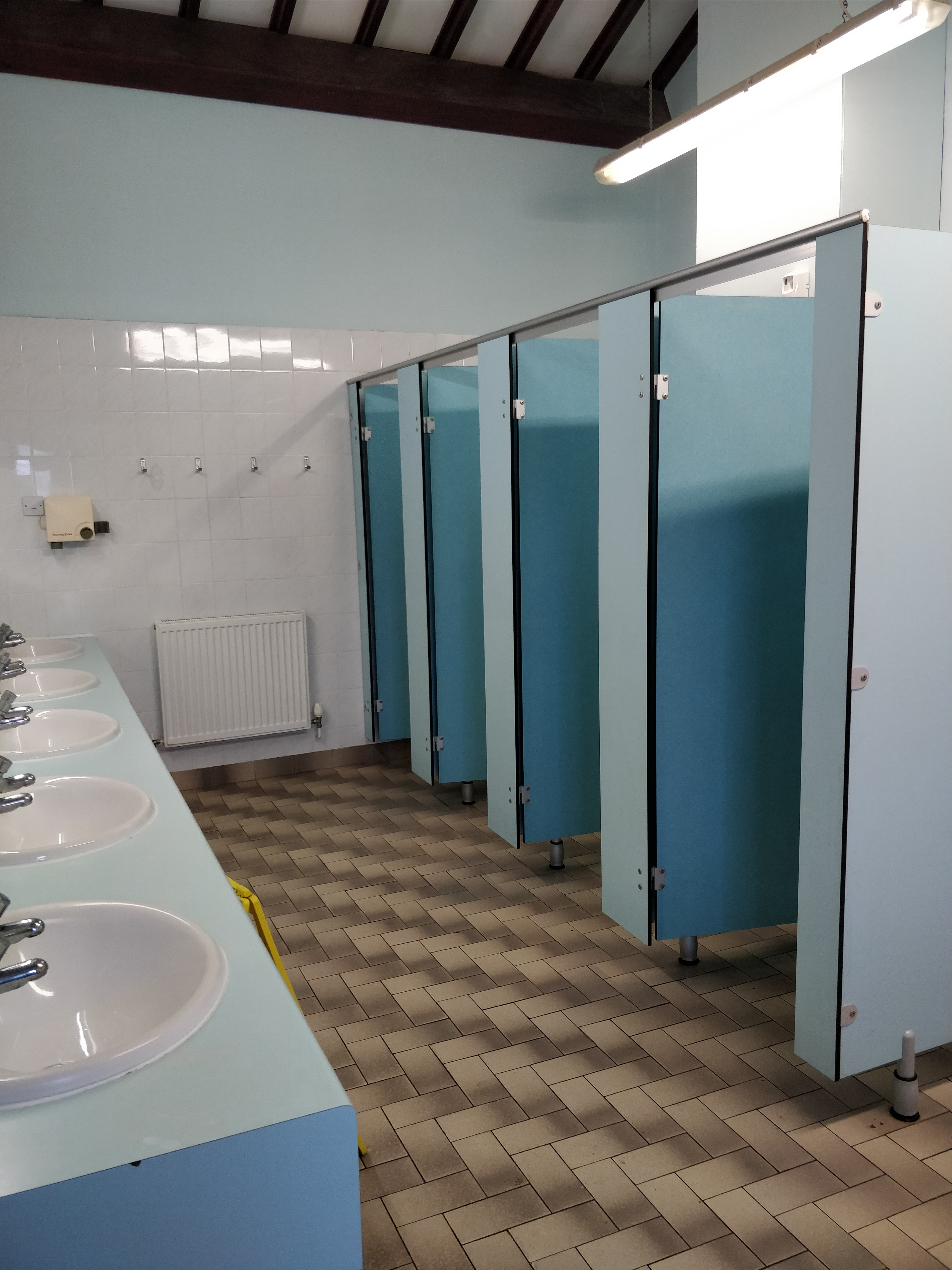 Gents Toilets Middle Block