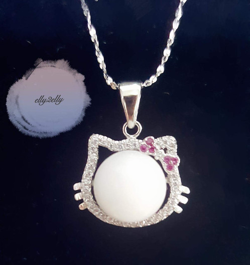 925 silver diamond hello kitty necklace elly2elly 925 silver diamond hello kitty necklace mozeypictures Images
