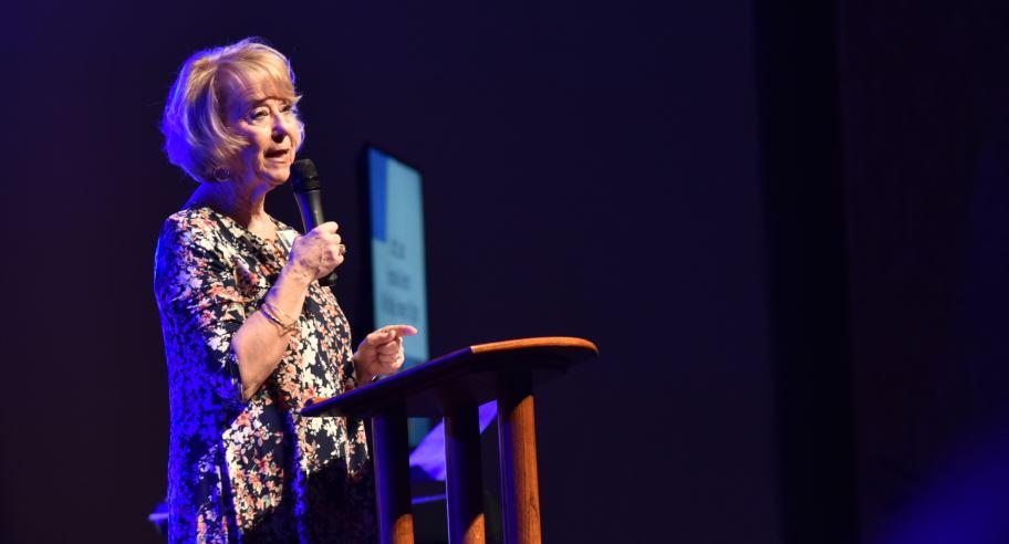 Carol Kent Praise Gathering_1