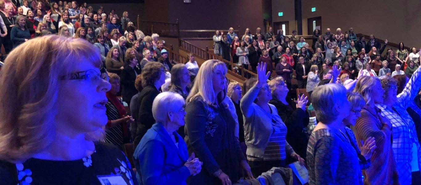 Carol Kent Praise Gathering_11