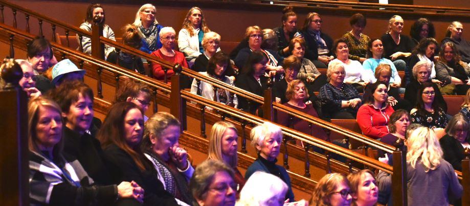 Carol Kent Praise Gathering_7