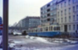 M5-Tw 2614 + M5-Tw 2666 an der U-Bahn-Baustelle Albert-Roßhaupter-Straße einwärts Dezember 1973