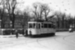 B-Tw 381 an der Haltestelle Theresien-/Barer Straße 1940 tram münchen