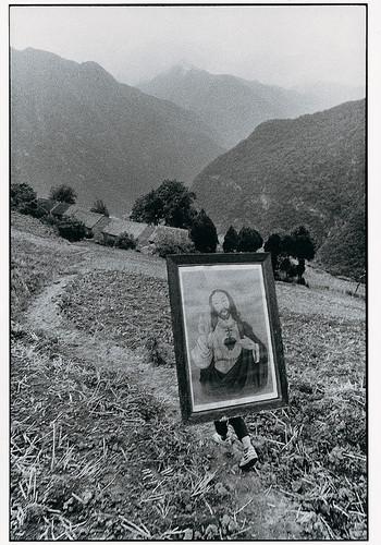背圣像的少年,陕西 | 吕楠 | 1992