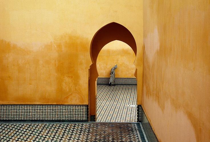 摩洛哥,梅克内斯。穆莱伊斯梅尔王陵(穆斯林胜地)| 布鲁诺·巴贝 | 1985