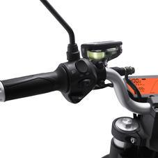 Light sensible speedometer